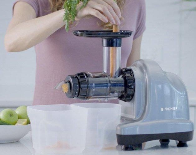 BioChef-Axis-Juicing-Carrot-630x500